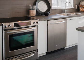 Domestic appliance repairs in South London