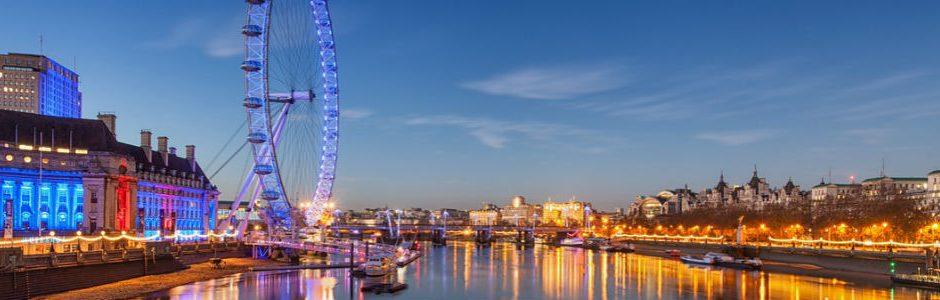 Southbank London eye at night